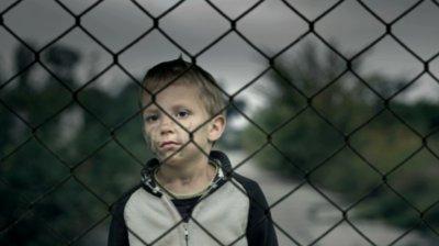 Munca in strainatate si neplata pensiei alimentare: abandon de familie (art. 378 Cod Penal)