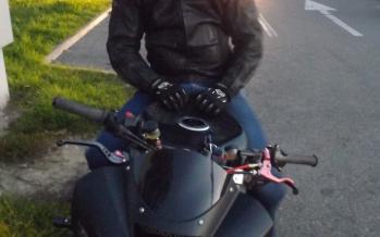"""""""Sfatul meu pentru tinerii care doresc sa mearga pe motocicleta este sa inceapa cu pasi mici"""""""