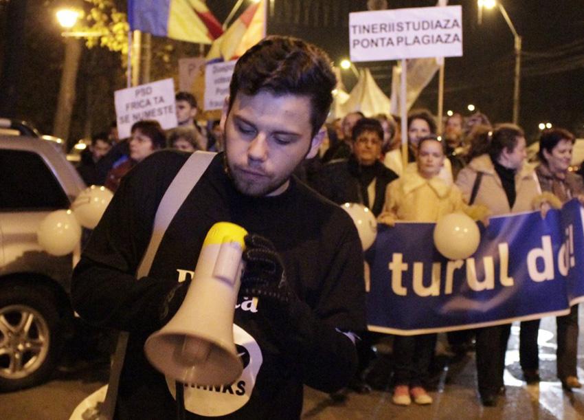 Interviu cu băimăreanul Mihai Bârlea, tânărul care a organizat protestul anti Ponta