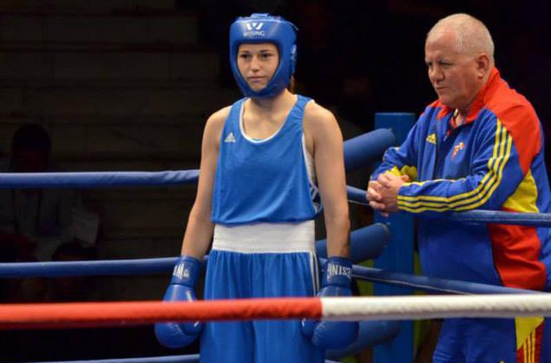 Simona Sitar s-a oprit în sferturile Campionatului mondial de box