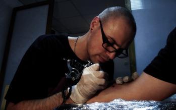 """Adrian Ivan alias Aedrian VanDogg: """"Tatuajul poate elimina suferința sufletului"""""""