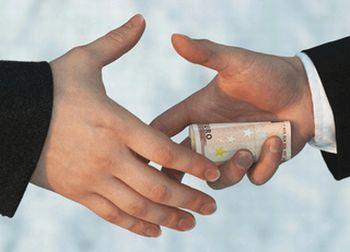 Corupție extinsă în Maramureș – Rezultatele sondajului acuză politicienii