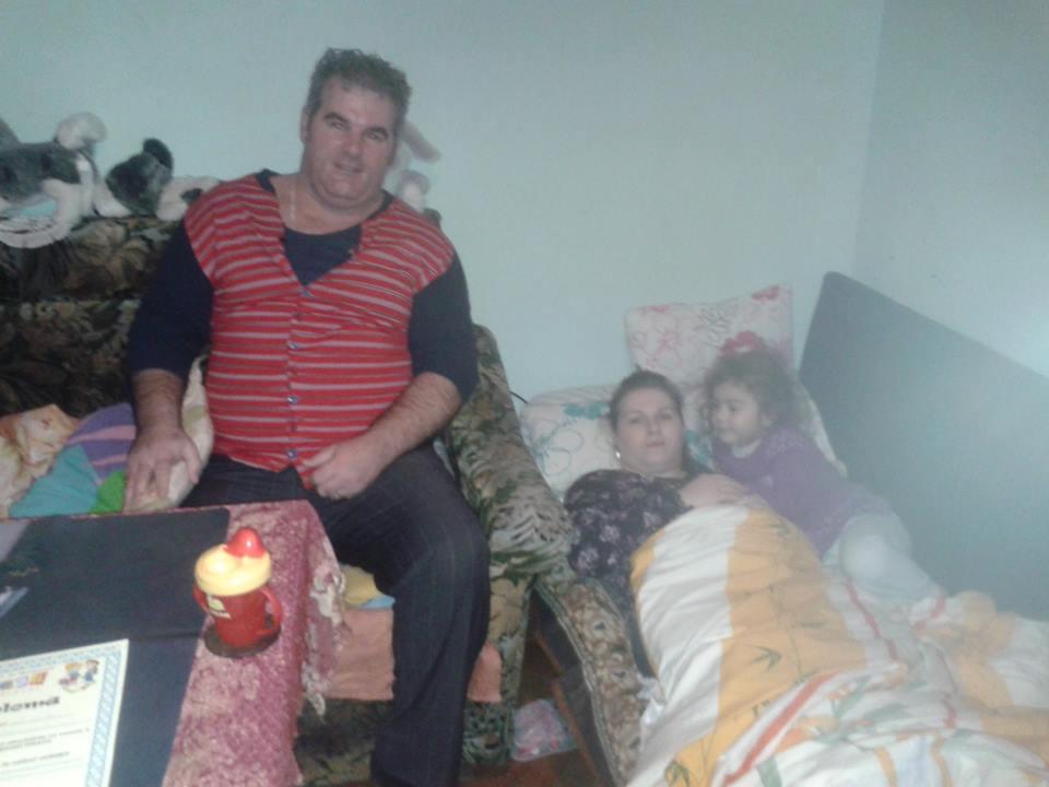 Echipa de la Rock N'Road mai ajută o familie nevoiașă