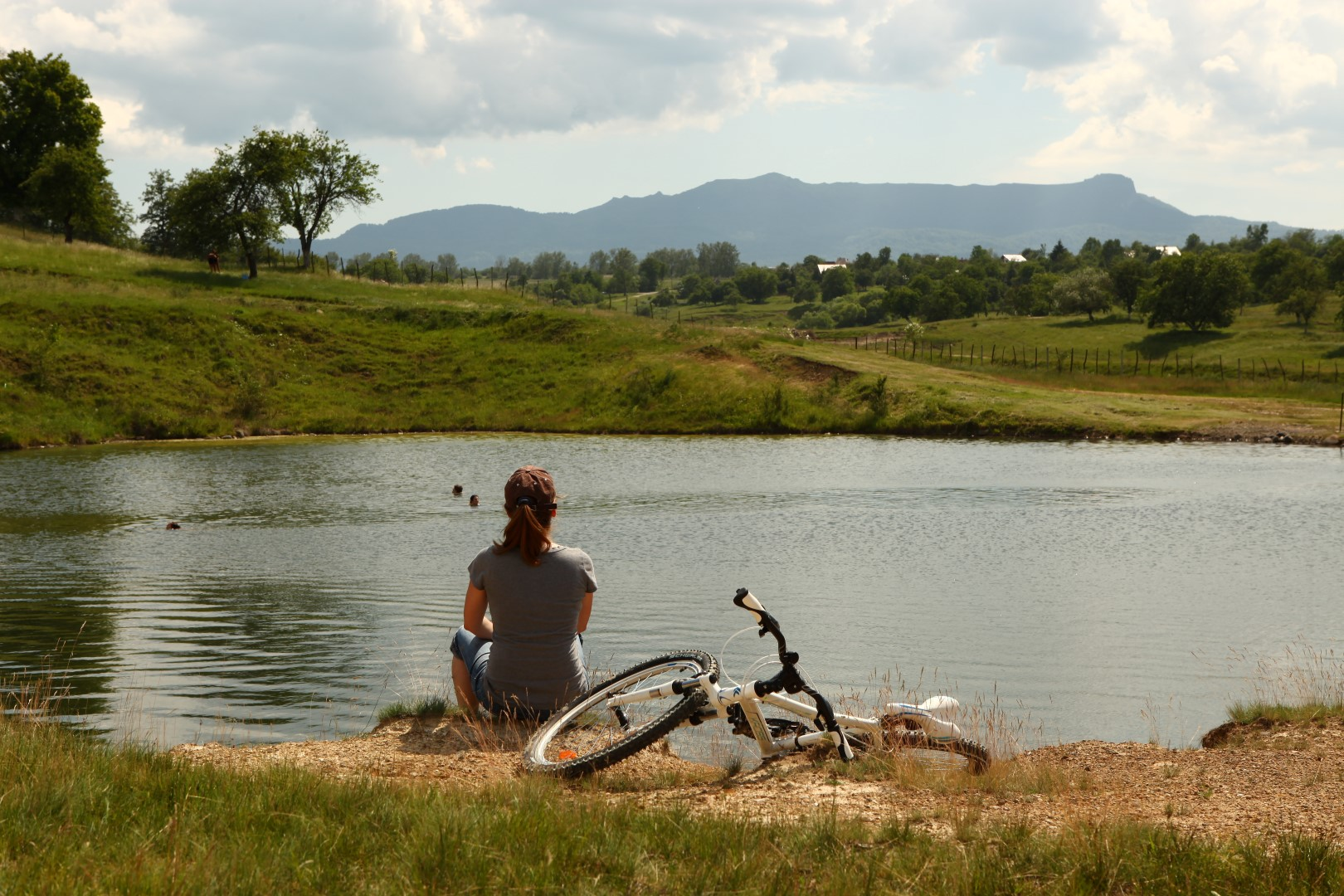 """Proiect """"pe două roți"""" în destinația de ecoturism Mara-Cosău-Creasta Cocoșului"""