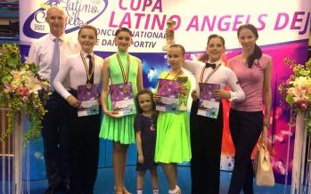 """7 medalii pentru Prodance 2000 la Cupa """"Latino Angels"""" din Dej"""