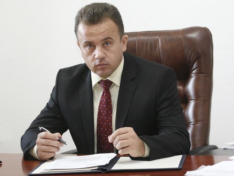 Un agramat ajuns la putere: Pop Liviu Marian, senator PSD