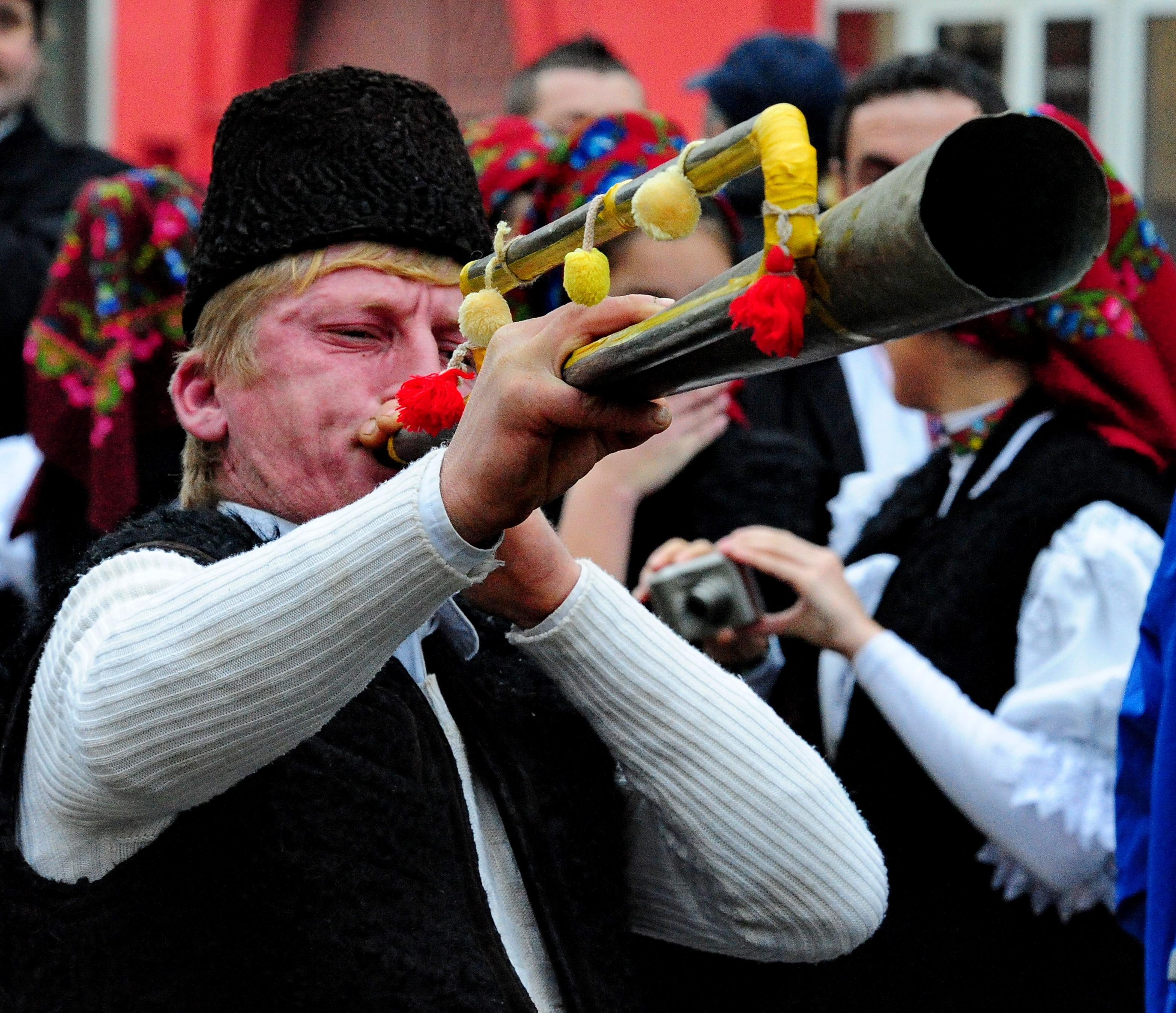 Festivalul Datinilor și Obiceiurilor de Iarnă