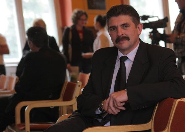 Primarul din Baia Sprie are dosar la ANI fiindcă și-a angajat fratele