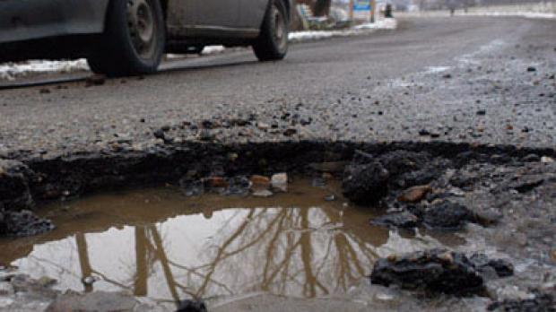 Cum să ne facem că asfaltăm în plină iarnă