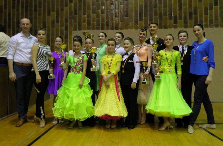 9 medalii pentru dansatorii de la  Prodance la Cupa Floris